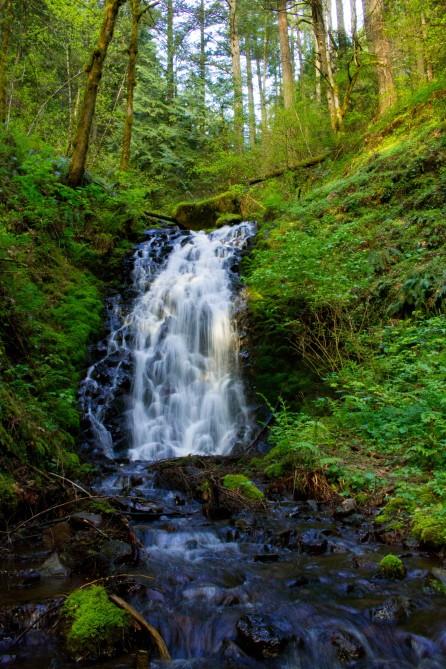 gorge trail waterfalls 171
