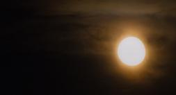 moon 027
